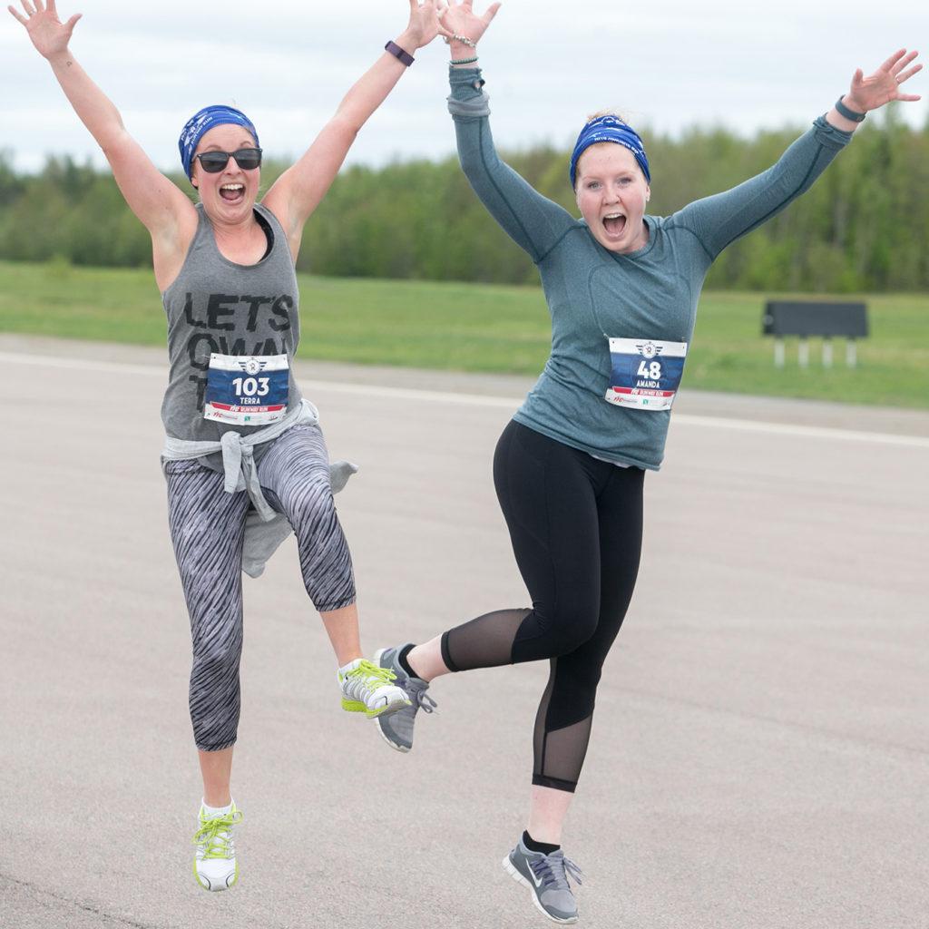 Runners celebrate at the 2017 YFC Runway Run
